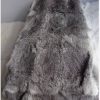 青草兔皮褥子