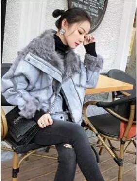 从庸俗印象到华丽精致的蜕变,皮草外套这样穿搭