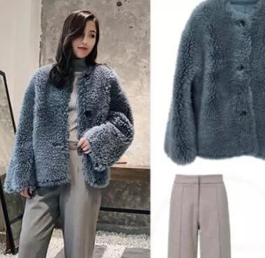 皮草外套:冬天的华丽感,既要保暖,又要大气