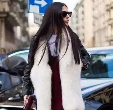 一条皮草围巾,承包你一整个冬天的温度和美!