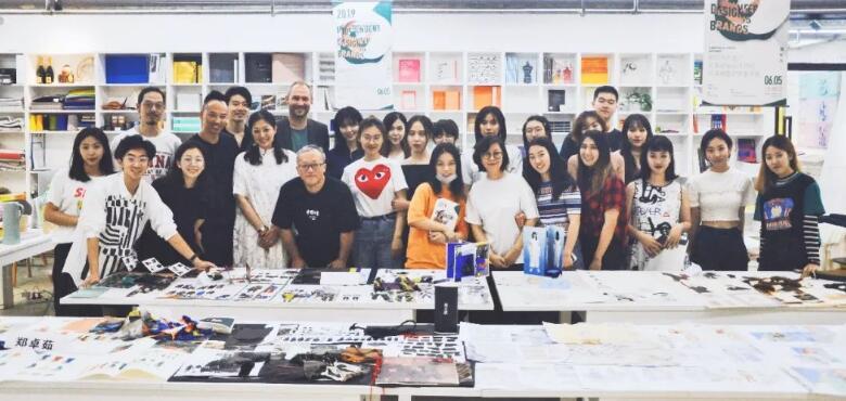 哥本哈根皮草出席中国美院高级成衣设计结课展暨