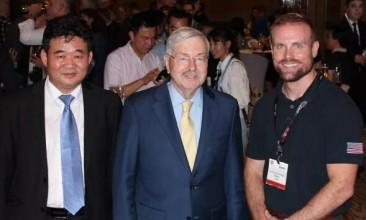 中国制革企业代表参加美国驻华大使见面会