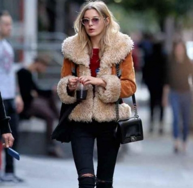 皮毛一体什么颜色好看 给你一整个冬天的时髦感