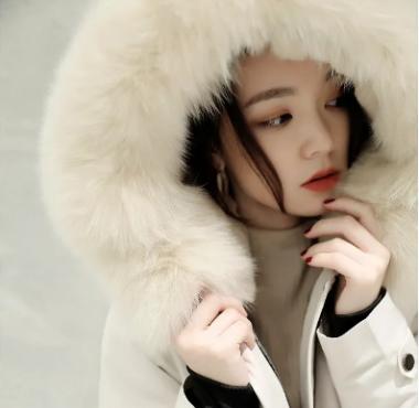 冬日里穿上派克服的你,像极了韩剧女主