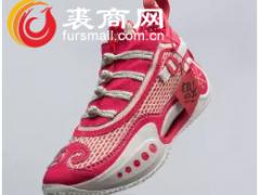 """李宁公司推出""""韦德之路""""牛年限量版鞋款"""